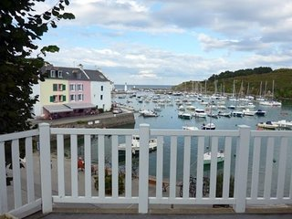 Maison situee en plein centre de Sauzon avec vue sur le port.
