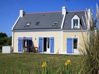 Maison classique et agreable avec une vue mer
