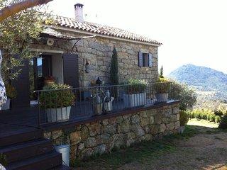 Agence Propriano Location : Magnifique bergerie entre mer et montagnes situee a