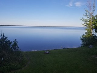 BLACK LAKE SUNSET DREAMS (Onaway, MI): 2020 dates OPEN! Central air, 1 hr from M