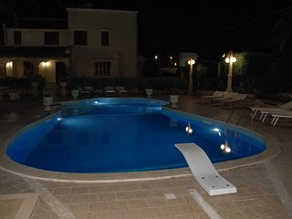 VILLA MARGARITA - APPARTAMENTO A BORDO PISCINA