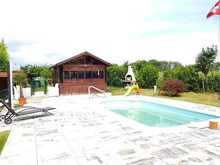 Beautiful studio with swimming-pool