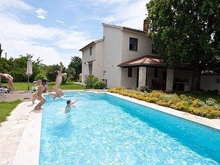 Villa Altra