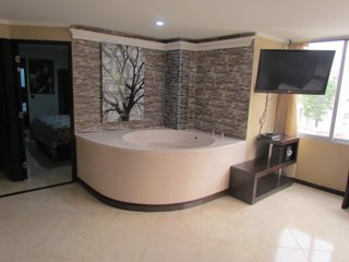 Two Bedroom AC Hot Tub