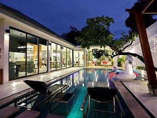 Day Dream 4 Bedroom Villa Seeps 10 by HVT