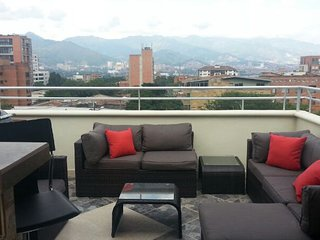 Building on Calle 8 sleeps 18. ROOF DECK AC.