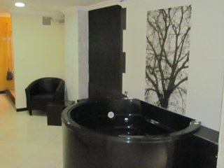 Three Bedroom Calle 8 AC hot tub  Parque lleras