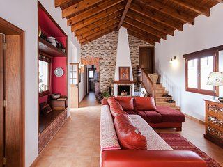 CASA SABINA, two bedroomed villa in la Oliva