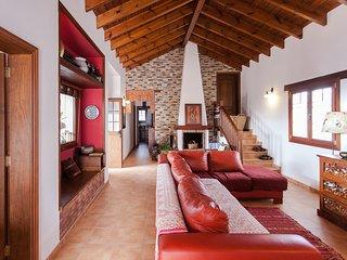 CASA SABINA, two bedroomed villa in la Oliva