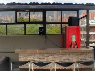 4 bedroom Combo Roof top penthouse and ground floor one bedroom Lleras
