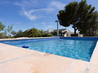 Borderet,  ,close to the beach,swiming-pool, BBQ and free WIFI
