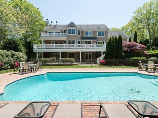 Beautiful, Luxurious South Hampton Home - Available for the 4th
