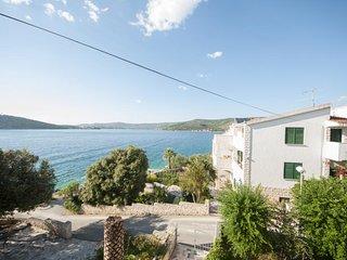 Aparthotel eM Ka- Studio with Terrace and Sea View (3 Adults) - A8