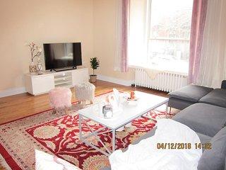 Place Des Art ,4 Bed,3Bath House Parking available