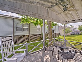 NEW! Surfside Beach Home w/ Porch - Walk to Ocean!
