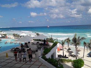 Oleo Cancun-YALMAKAN RESORT, Beach Front Condo Cancun Hotel Zone,JAN SALE
