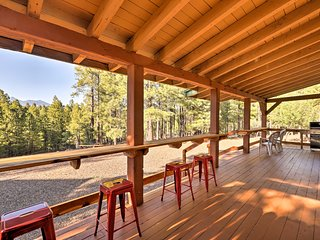 Rustic Flagstaff Cabin w/Views, Sauna, & Fire Pit!
