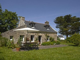 Maison en pierre, à Bordehouat à 5 min de la plage de Port Andro