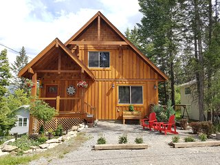 *NEW* Three Bears Cabin at Lake Windermere! Pool Table, Games Room