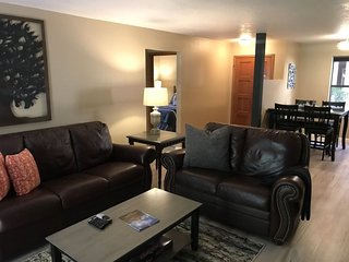 Community Pool!! Sleeps 6! Great 3 Bedroom Condo! OCE G4 - S069