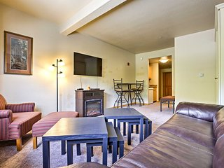 Cozy Studio w/ Pool - Walk to Keystone Resort!