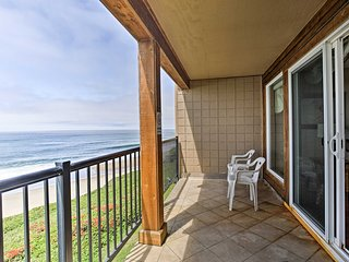 NEW! Resort Condo w/Patio-Steps to Lincoln Beach!