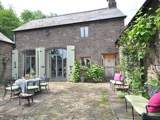 54012 Barn situated in Abergavenny (5.5 mls N)