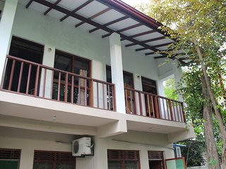 Gunas Comfort Guest House