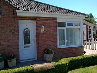 Excellent one bedroom bungalow self catering holiday let, own private parking.