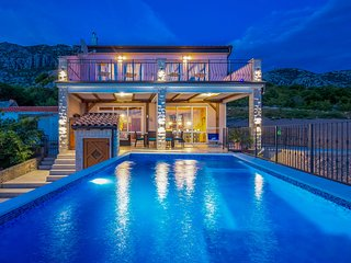 Luxury Villa Lucija**** located in the Kvarner Bay