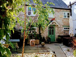 Castle Street Cottage - Ruthin - Sleeps 4 - December Deals :-)