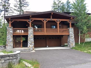 Playing Hooky Chalet | Tamarack Resort | Sleeps 12