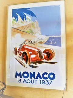 Très belle affiche art déco. Clin d'oeil à Granville souvent appelée la petite Monaco du Nord.
