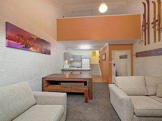 Parkwood  6 - Jindabyne, NSW