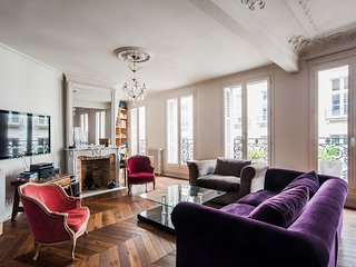 LUXURY, SPACIOUS AND COSY FLAT