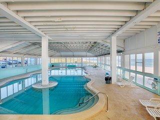 Fountainebleau Terrace Resort Condo 706