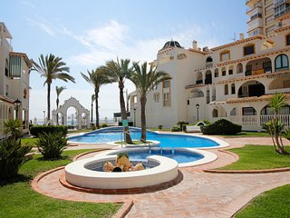'Al Ándalus': cosy apartment facing Sea. 2 bedrooms, 1 bathroom. Pool. WIFI