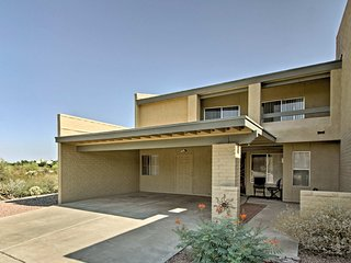 NEW! Tucson Townhome w/ Patio, Views & Pool Access