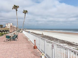 NEW! Daytona Beach Ocean View Studio near Main St!