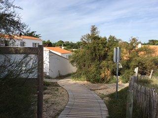 Maison individuelle au calme accès direct à la plage des Sabiouses