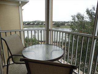 2 BR WINDSOR HILLS CONDO 402B, CLOSEST TO POOL!