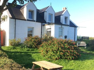 Mable's Cottage Skye - 100% Dog friendly detached cottage