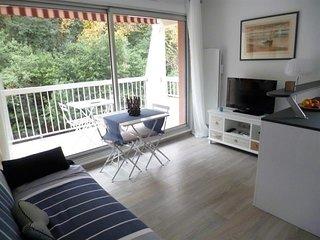 Arcachon centre - Beau studio cabine refait à neuf - 4 personnes - avec balcon o
