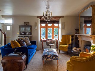 A sensational, stylish and cosy country home.