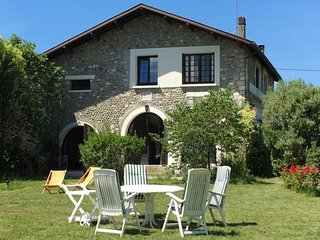 Rental Gite Labastide-Villefranche, 4 bedrooms, 8 persons