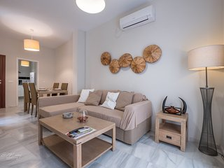 Apartment 645 m from the center of Seville with Internet, Air conditioning, Lift