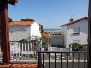 Rental Apartment Fleury-Saint-Pierre la Mer, 1 bedroom, 5 persons