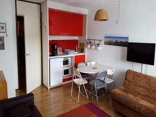 Confortable studio avec coin cuisine rénové