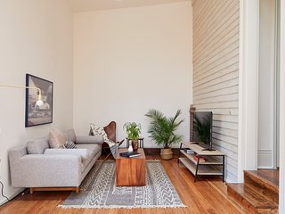 Sleek 2BR in Marigny by Sonder