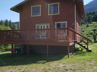 Cherry Cove Cabins 1B